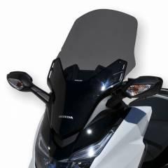 Pare-brise Ermax +10cm Noir pour Forza 125 Honda en vue de 3/4